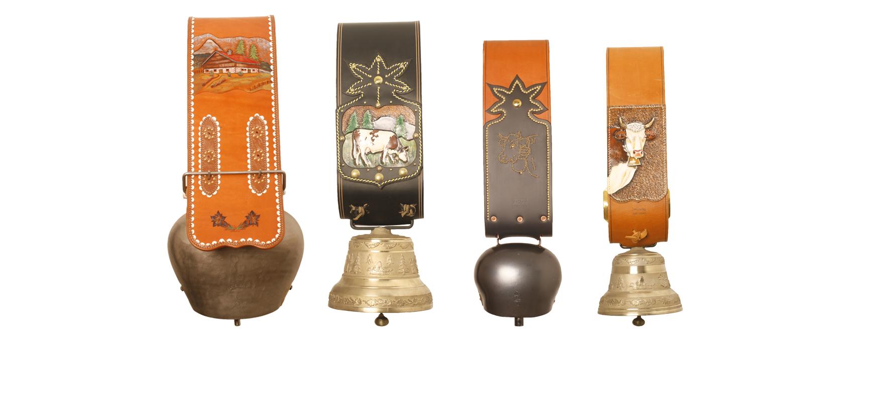 Cloche à collier cuir noir ou décoré