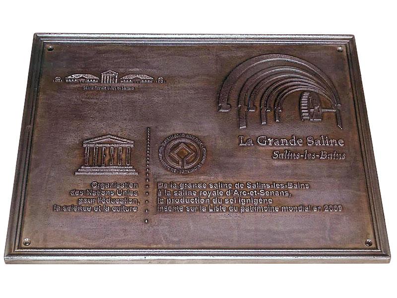signal tique touristique plaque de bronze obertino. Black Bedroom Furniture Sets. Home Design Ideas